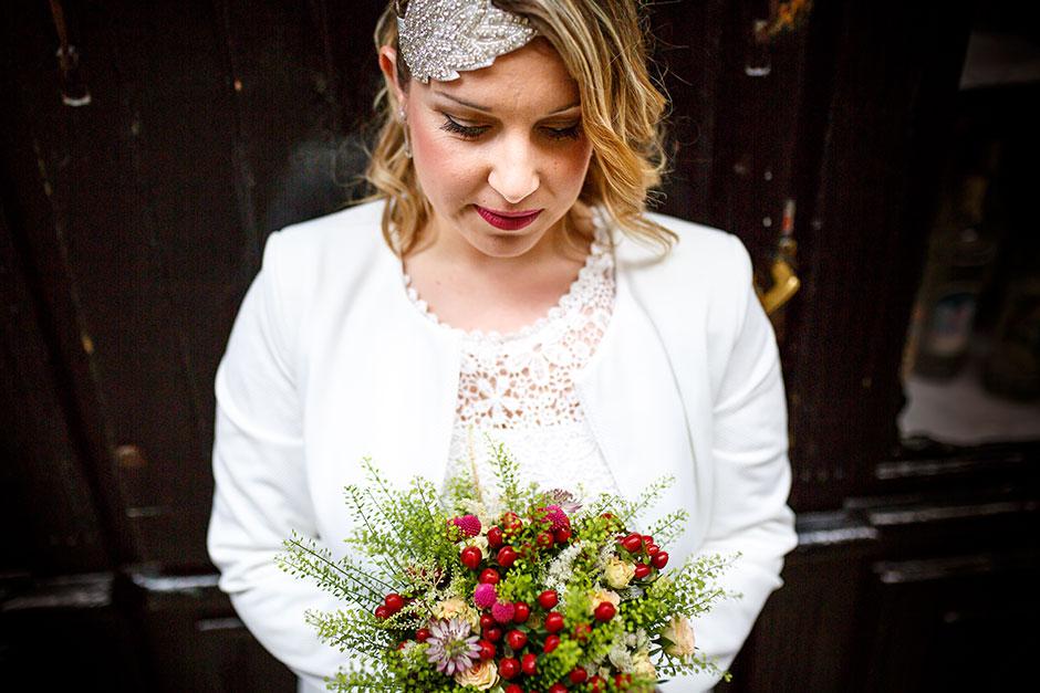 reportaje de pareja fotógrafa de bodas en hondarribia