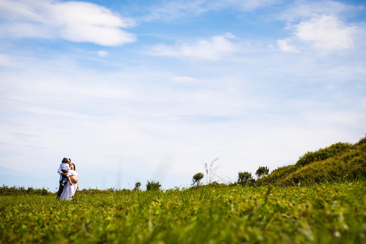 fotografía de familia en una ladera le hierva