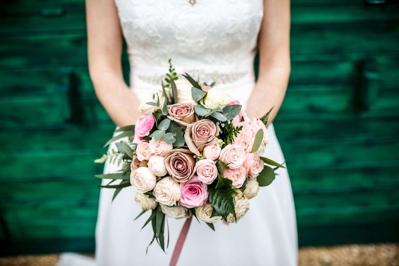 el ramo de la novia en una boda en laguardia